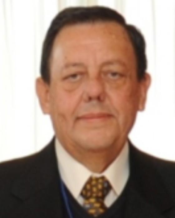 Dr. Rodrigo Fernández